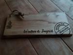 Plank met voorkant trouwkaart