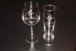 Wijnglas en bierglas